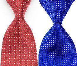 Corbatas rojas a cuadros para hombres online-Tarimas de cheques de tela escocesa hombres corbata de seda jacquard partido rojo azul de la boda del diseño de moda tejida GZ107749