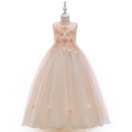 2019 flores do bordado 3d que wedding Vestidos Da Menina Longa Princesa Saia Com 3D Flor Bordado Com Contas Formal Wedding Party Ball Gown flores do bordado 3d que wedding barato