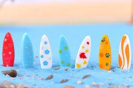 Piante artificiali di terrario online-10 pz tavola da surf ornamenti da giardino gnomes iarda figurine in miniatura mestiere della resina jardin terrario artificiale piante arredamento