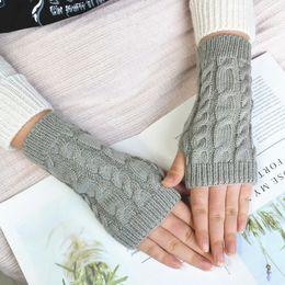2019 guantes de mano para niñas Guantes de punto larga mano caliente del invierno bordado Guantes sin dedos para mujeres niña Guantes Invierno Mujer Luvas guantes de mano para niñas baratos