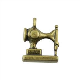 Máquinas de hacer encanto online-50 unids Máquina de Coser Charm Máquina de Coser Colgante Para La Fabricación de Joyas de Bronce Antiguo Color de la Máquina de Coser 3D Encantos 12x15mm