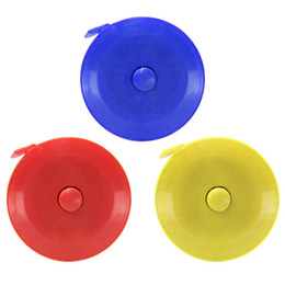 fita de crafting Desconto Fita métrica, corpo pano alfaiate artesanato fita de medição de dieta, 1.5 m régua retrátil dupla face com botão redondo - cor aleatória