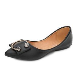 8bf28fb56 2019 Sapatos Baixos mulheres Nova Primavera / verão Moda Casual Versão  Coreana Decoração de Cristal Dedo Apontado Boca Rasa Senhoras Sapatos