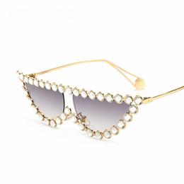 Occhiali da sole online-Occhiali da sole di lusso Donna New Fashion Cat Eye Occhiali da sole Donna Diamond Flat Top Eye Wear UV400