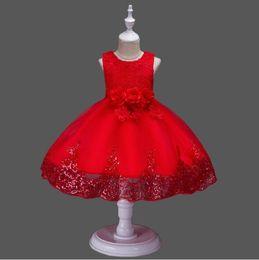 2019 robes de baptême européenne bébé fille Nouvelles robes de filles de fleur avec cerceau à l'intérieur de la fleur brodée parti de mariage demoiselle d'honneur princesse robes formelle vêtements pour enfants