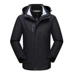 Twinset de roupas femininas on-line-Charge Clothes Men And Women Three-in-one Twinset Windbreak Waterproof Lovers Fund Outdoors Skiing Serve