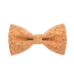 Novidade corkwood laços para homens Wedding Marriage Handmade Cork Madeira Bowtie afiada Canto Adulto gravatas Cravat de Fornecedores de engrenagem camisas