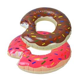 grandes pistolas de agua Rebajas Niños divertidos Donut Piscina inflable Flotador Nadar Anillo flotar tubos Solo para la piscina de verano o el juguete de playa