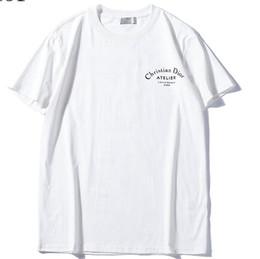 2019 nuevos hombres mujeres Di letra logo imprimir camiseta o manga corta con cuello en O camiseta Kanye West letra Imprimir Sportwear al por mayor desde fabricantes
