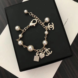joalharia de braço de prata Desconto pulseira chegada nova com frasco de perfume e design pulseira de pérolas para as mulheres casamento jóias presente queda envio PS5248A