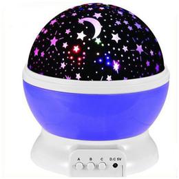 großhandel ballon geschenk-boxen Rabatt Stern automatische Rotation Projektionslampe USB-Sterne und der Mond leuchtet bunt farbigen Diamanten Sternprojektor LEDNightlight