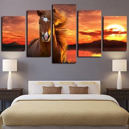 grande impressão da arte das canvas do cavalo Desconto 5 Painéis Tamanho Grande do sol Cavalo bonito animal Cativante Obras cópia da lona Pintura a óleo Wall Art Início Wall Decor