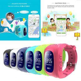 Q50 Дети Дети Смарт-Часы GPS SOS Трекер Анти-Потерянный Интеллектуальный Водонепроницаемый Телефон Часы Dual Ruassian Английский от