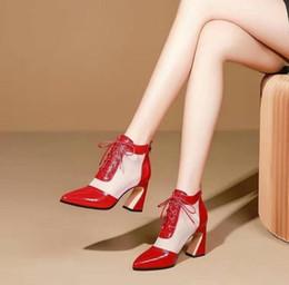 2019 nuove donne formano scarpe Vendita calda-Scarpe da donna 2019 estate e autunno nuova moda punta a punta tacco alto sexy forma cava con scarpe eleganti sconti nuove donne formano scarpe