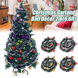 Rosa decorado arbol de navidad online-2m de Navidad de la hoja rota Garland de lujo flor del Bowknot bolas decorado grueso chimenea de la chimenea de la guirnalda del árbol de pino 7 colores