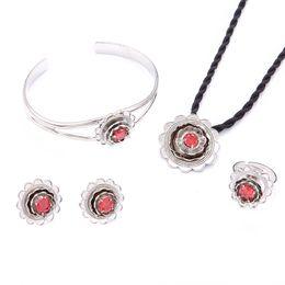 f387ee058038 anillo de pavo Rebajas Conjunto de bodas Joyas Collar Pulsera Pendiente  Anillo Plata Flor nupcial Oriente