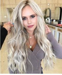 Parrucche ricci ondulate online-Parrucca anteriore del merletto dei capelli sintetici di modo delle donne Parrucca piena riccia ondulata del corpo Ombre grigia