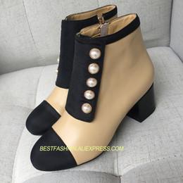 2019 ufficio di cuoio Hot Pearls Stivaletti con punta rotonda Donna Stivali in pelle con tacco medio in vera pelle Design Donna Lady Zapatos Mujer Tide ufficio di cuoio economici
