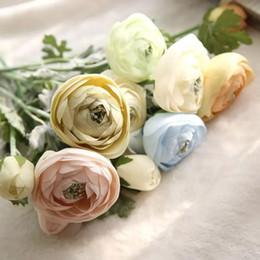 Buquês de flores de seda em massa on-line-Novo Chá De Seda Rosa Bulk Flores Nupcial Buquê De Casamento Central de Mesa de Festa Flor Corredores Decoração de Casa Artificial Arranjo de Flores