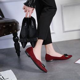 2019 dedo del pie puntiagudo arco negro pisos Zapatos de mujer Pisos de gamuza Mocasines Punta estrecha Diapositivas Nudo de arco Deslizamiento superficial en Zapatos Cómodos Sandalias Zapatos Mujer Negro Rojo rebajas dedo del pie puntiagudo arco negro pisos