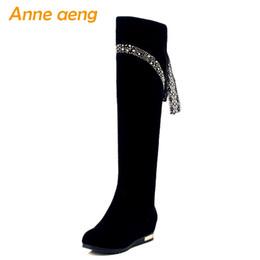 Laços de sapato redondos pretos longos on-line-Novas Mulheres de Inverno Joelho-Botas Altura Crescente Salto Dedo Do Pé Redondo Banda Estreita Moda Sexy Cristal Mulheres Sapatos Botas Longas Pretas
