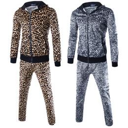 спортивные костюмы леопарда Скидка ZOGAA Leopard Мужчины наборы Мода осень весна спортивный костюм Толстовка + Sweatpants Мужская одежда 2 шт наборы Слим Tracksuit