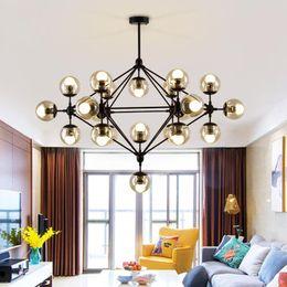Progettisti di cucina online-Lampadari firmati Globe Globe per soggiorno Lampadari Body Black / Gold con opzioni color glass Kitchen Lightings