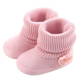 2019 botas de inverno rosa bebê menina Bebés Meninas Botas para Recém-nascidos Da Criança Meias Flores Cor de Rosa New Style Infantil Sapatos de Bebê Inverno Quente Booties Suporte Transporte da gota botas de inverno rosa bebê menina barato