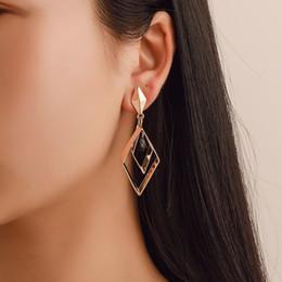 2019 diamant-mode lange ohrringe Europa und die Vereinigten Staaten Trend Netzwerk rot geometrische Ohrringe Mode Diamant lange Ohrringe kreative Temperament Göttin Ohrschmuck rabatt diamant-mode lange ohrringe