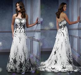 Mais tamanho vestido de noiva bordado preto on-line-Gótico Do Vintage preto Lace Nupcial Do Vestido de Casamento Plus Size Querida Sem Mangas Bordado Acentuado A linha de Vestidos de Casamento Custom Made