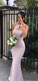 Vestido de dama de honra de comprimento do chão de cetim on-line-2020 New Arrival Mermaid Vestidos dama de honra para casamentos cetim de um ombro mangas Andar Plus Size Maid Formal de honra Vestidos