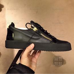 Argentina 2019 CALIENTE Italia Calzado casual de lujo Zanotti con cremallera Hombres y mujeres Low Top Zapatos planos Zapatos de cuero genuino para hombres Zapatillas de diseñador Zapatillas de deporte Suministro