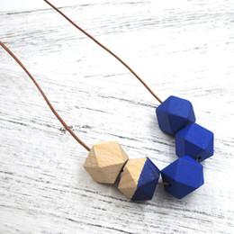 2019 collar de cordón NUEVO Collar geométrico de madera AZUL, medio pintado a mano, con cordón de cuero milimalist moldeado todos los días, cuerda larga NW400 collar de cordón baratos