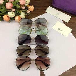 óculos de sol de lente multicolor para homens Desconto Senhoras da marca óculos de sol Moda Oval Óculos de sol Lente de Proteção UV lente polarizada Multicolor moldura fina homens e mulheres óculos de sol gd-6