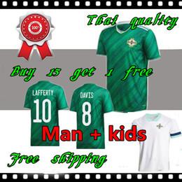 Jerseys tailandeses envío gratis online-Irlanda del Norte 2020 Irlanda del Norte Camisetas de fútbol local EVANS LEWIS MAN KIDS camisetas de fútbol
