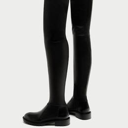 Botas de tubo de cocina online-Botas de mujer Sobre la rodilla Otoño Invierno Botas de cuero de vaca Fiats con zapatos Suave Stovepipe Boots Peluche corto
