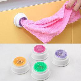 Clip de gancho de toalha on-line-Cor aleatória Organização Armazenamento clipe Toalha de cozinha de alta qualidade banho 1PC Hot Sale pano da lavagem para casa e jardim de armazenamento Hooks