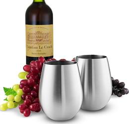 Vendita calda 18 once Tazzine da vino Bicchieri da vino senza gambo tazze da flauto a doppia parete Bicchiere in acciaio inossidabile Tazze isolate sottovuoto con coperchio trasparente da