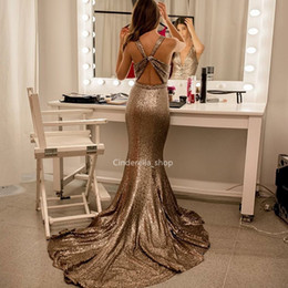 2019 robe de soiree Sexy Paillettes Sirène Robes De Soirée 2019 Profonde Col En V Balayage Train Corset Retour Robes De Bal Formelles Arabe robe de soirée promotion robe de soiree
