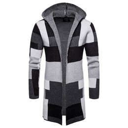 Erkek Casual Açık Ön Uzun Renk Blok Kazak Mont Kış Sıcak Patchwork Mont Hırka Kapşonlu Örgü Ceket Moda Erkek giyim nereden