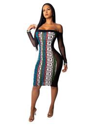 Mulheres perspectiva ver através do vestido barra de pescoço de manga comprida moda colorida bodycon vestidos de Fornecedores de vestido vermelho curto barato do cetim
