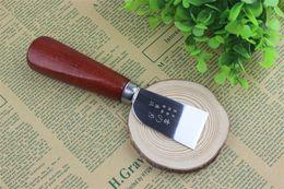 coltello ad anello di difesa Sconti Coltello in pelle fatto a mano fai da te tagliente pelle affilata Taglio coltelli in pelle artigianali in metallo 167mm nuovo di zecca 6my E1