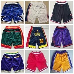 Pantalones cortos de lebron online-2019 James 23 lebron NCAA 24 Kobe 8 Bryant shorts2 Leonard 30 Curry 13 Harden 35 KD 23 AJ Ingram University Short de baloncesto