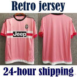 Camisas italianas de qualidade on-line-2015 2016 retro Juventus Juve camisas de futebol Serie A rosa qualidade tailandesa 15 16 personalizado PIRLO DYBALA 21 camisas de futebol Coppa italiano
