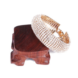 Frauen armbänder bling online-Heiße Art- und Weisehochzeits-Brautarmband-Armband Bling Wristband-Frauen-Schmucksachen geben Verschiffen Charme-Armbanddame Bracelet frei