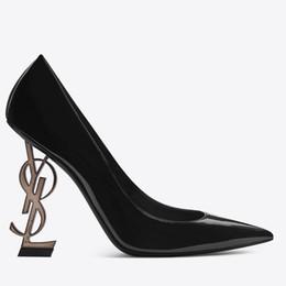 Designer talons hauts Lather femmes chaussures bout pointu mariage soirée de bal robes de soirée de bal chaussure femmes Sexy dames fashions noir escarpins chaussures ? partir de fabricateur