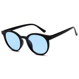 Occhiali da sole trasparenti da donna Occhiali da sole stile coreano Occhiali da sole Marchio di design Occhiali da sole ovali di lusso Gafas De Sol Mujer cheap korean glasses da occhiali coreani fornitori