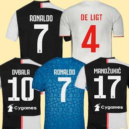 Uniform soccer online-Fans Jugador versión Juventus camiseta de fútbol chandal de la 2019 2020 soccer jersey RONALDO DE LIGT 19 20 uniformes RAMSEY DYBALA JUVE campeones liga hombres + kit de niños