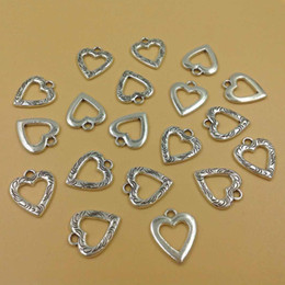 2019 in argento placcato stampaggio vuoto 50pcs lega fascino ciondolo argento antico placcatura cuore pendente di fascini per monili che fanno 16 * 19mm