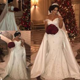 2019 alças de strass sereia casamento vestido Plus Size Off ombro vestidos de casamento da sereia com trem destacável 2020 Árabe Dubai Abaya Caftan Robes rendas frisado vestido de noiva